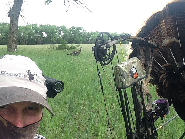 turkey hunting self with heads up decoy