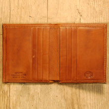 Dark's Leather Compact Wallet in Bison Whiskey, Interior