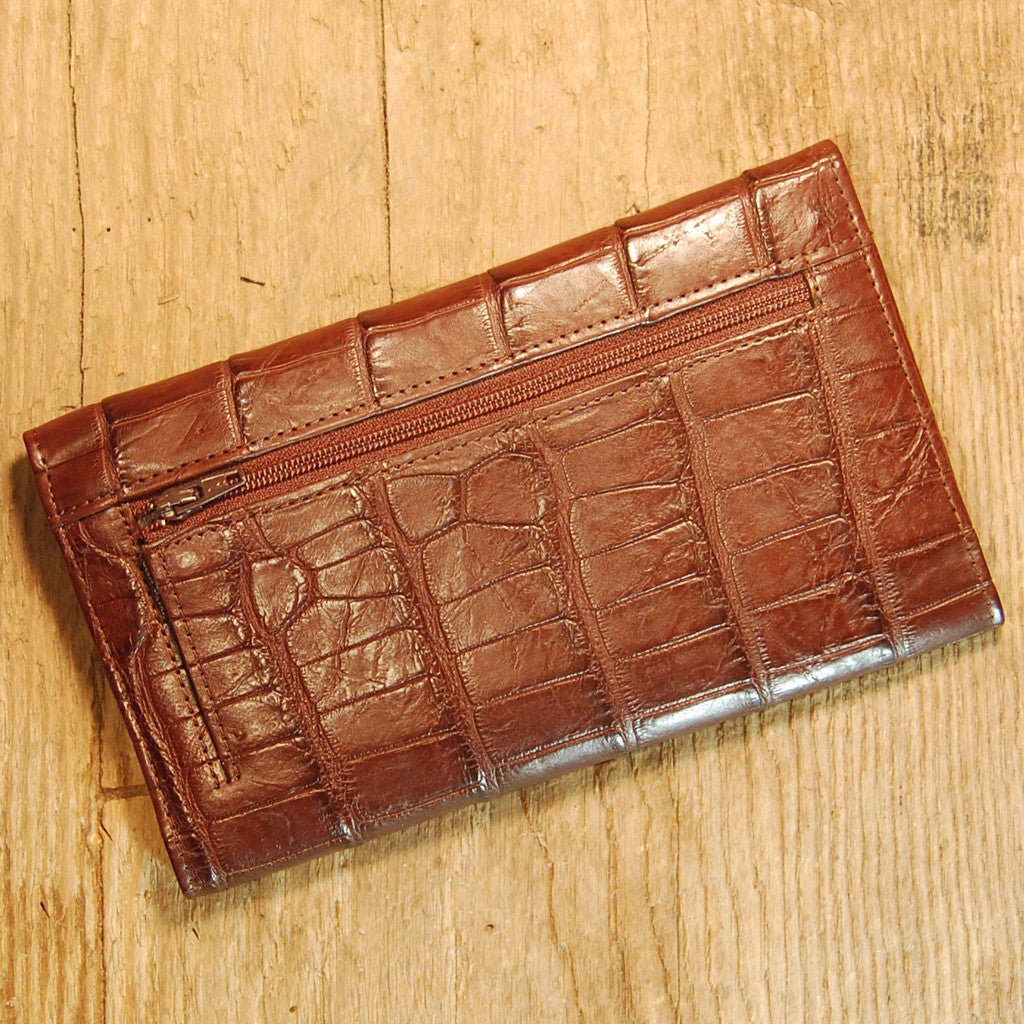 Dark's Leather Credit Card Clutch Wallet in Alligator Brown, Back