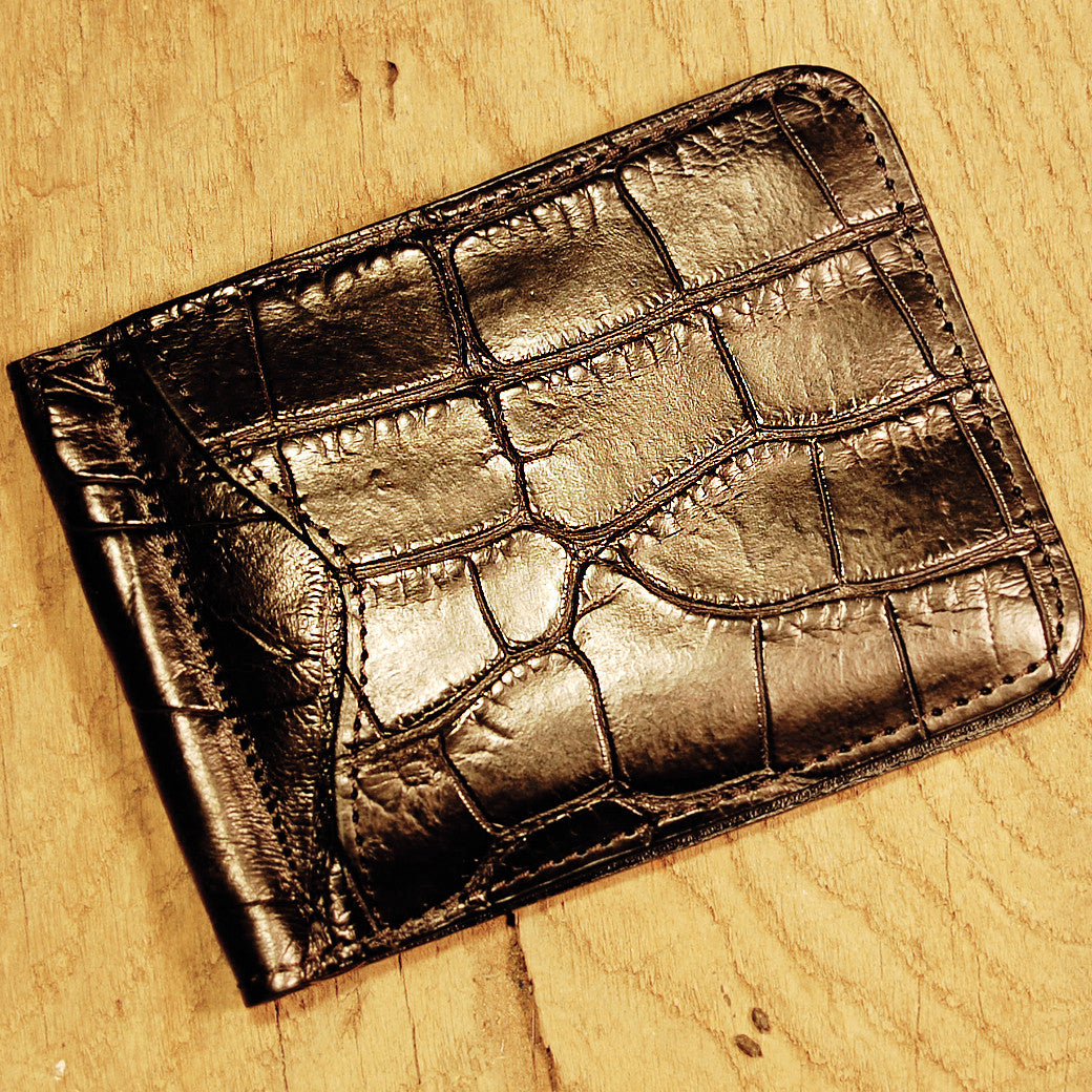 Dark's Leather Front Pocket Clip Wallet in Alligator Black, Front