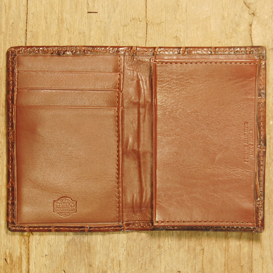 Dark's Leather Gusset Card Case in Alligator Brown, Interior