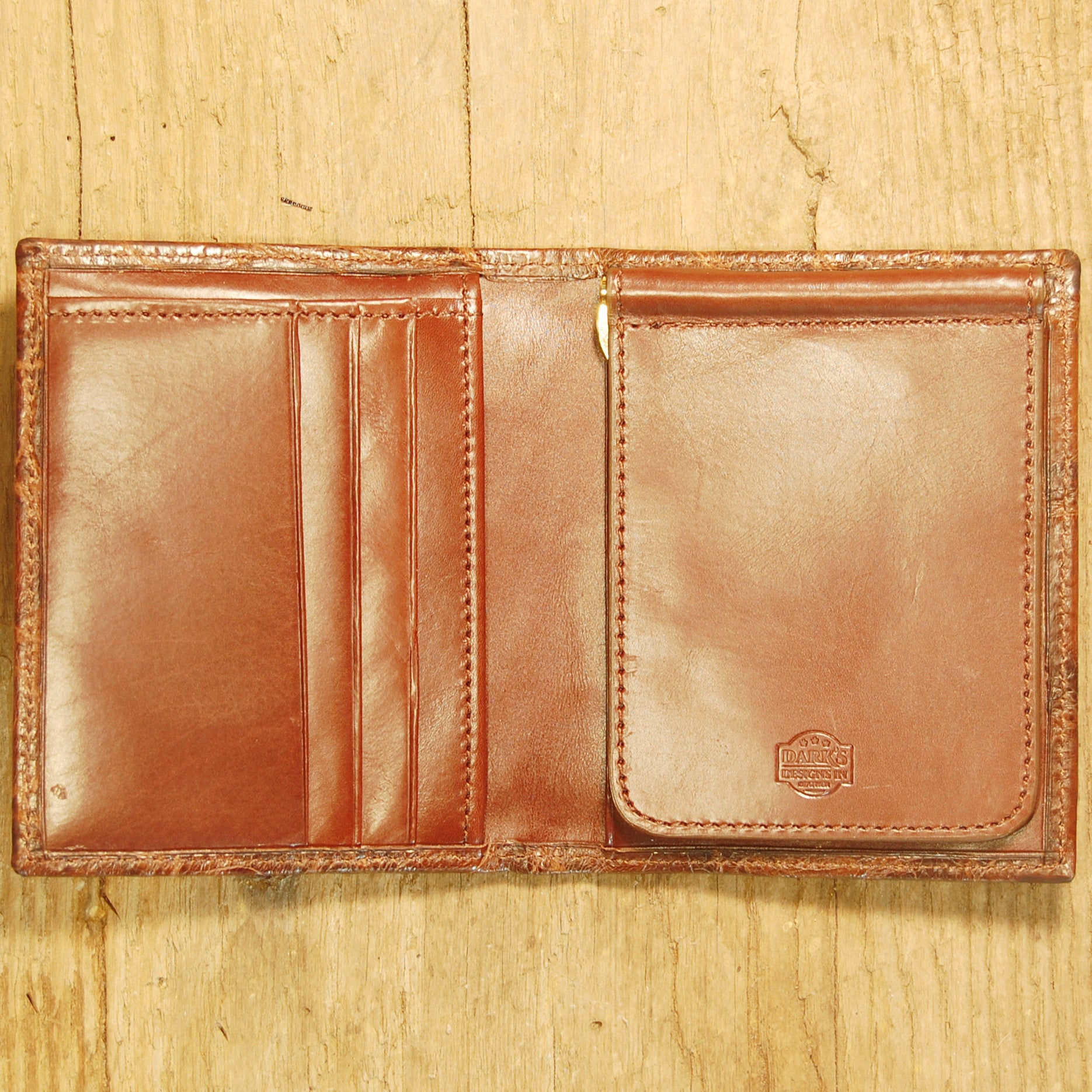 Dark's Leather Money Clip Wallet in Alligator Brown, Interior