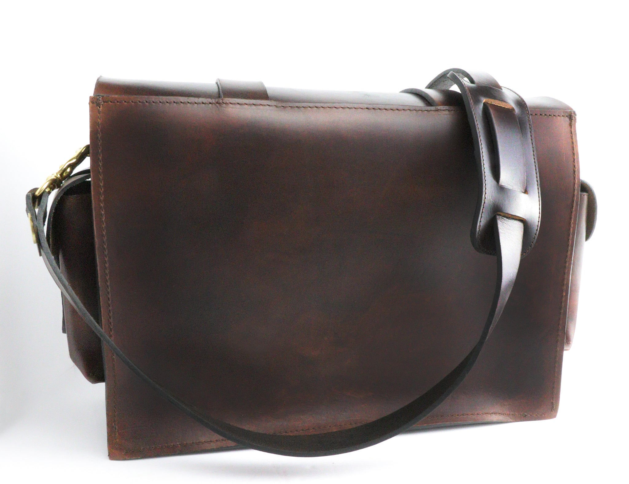 Dark's Leather - Range Bag Back View