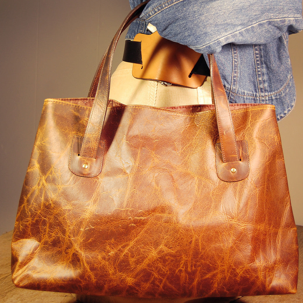 Dark's Leather Tote Bag in Bison Tobacco, On Model