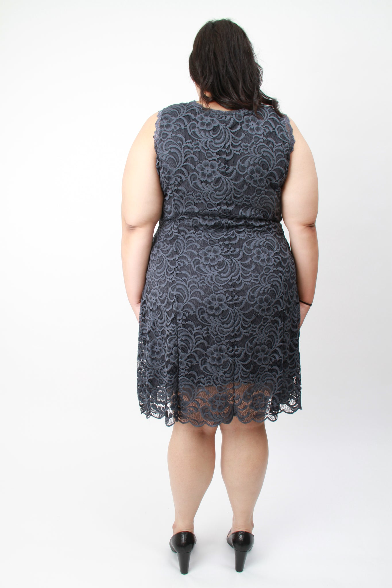 Rema Sleeveless Lace Dress