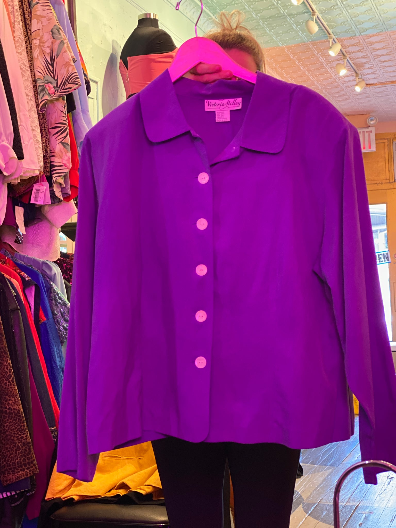 VINTAGE - Victoria Holly Silk Purple Top