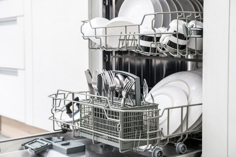 You can wash your hat in the dishwasher.