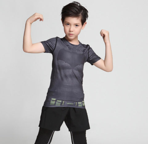 "Kid's Batman ""Outsiders"" Short Sleeve Compression Rash Guard-RashGuardStore"