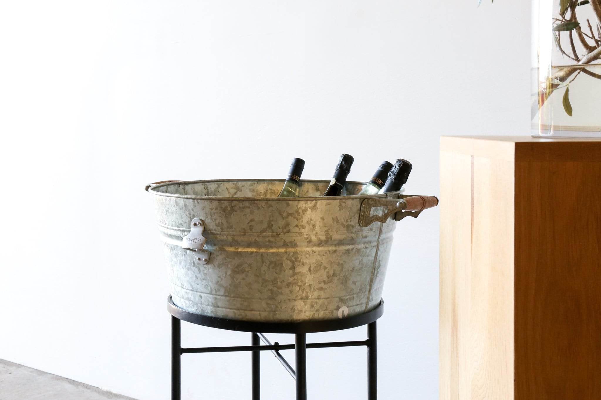 GALVANISED Drinks Tub WITH STAND