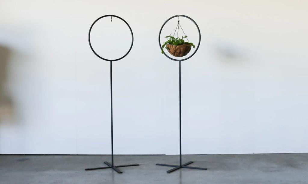 CHIPPER Plant/Floral Stand