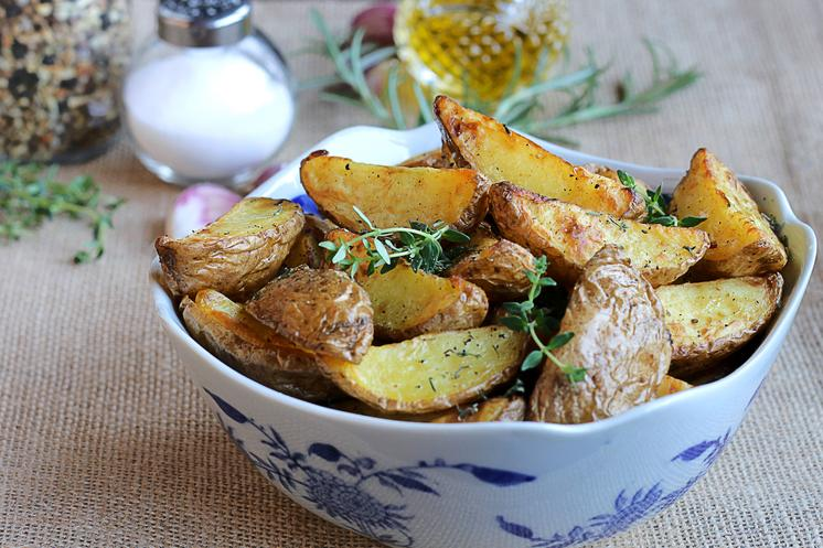 Jen's Thyme and Rosemary Potatoes