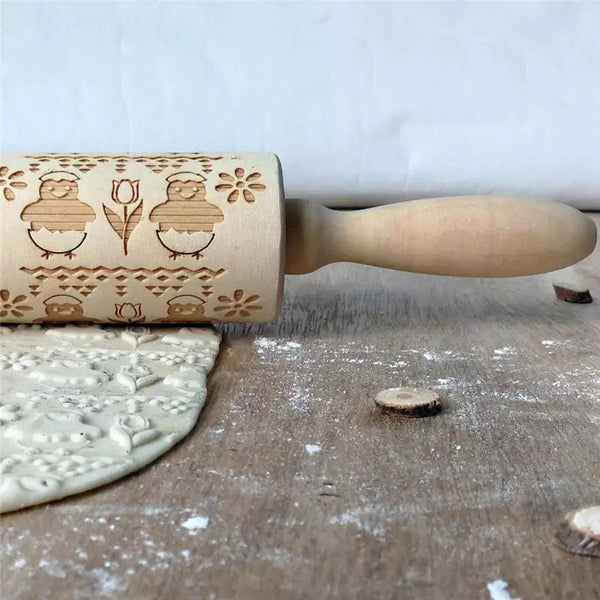 Embossing Wood Rolling Pin - Chicks - Go Go Kitchen Gadgets