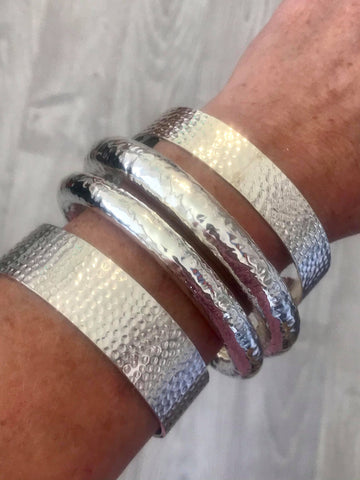Hammered Bangle Stack | Desiderate Jewellery