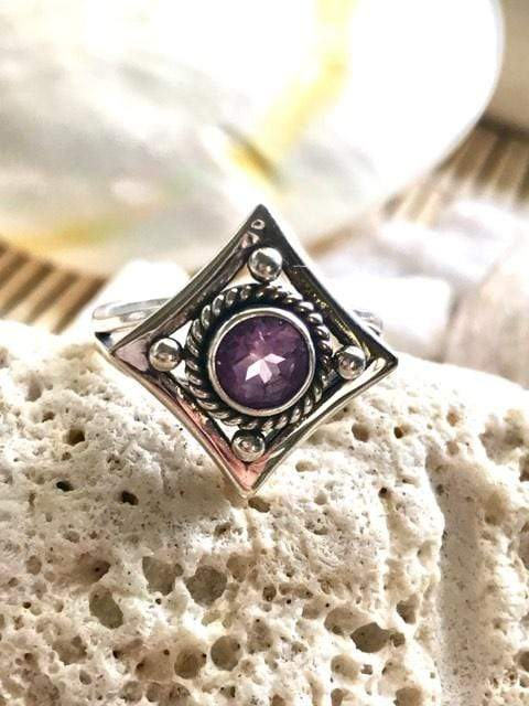 Encompass Art Deco Amethyst Ring | Desiderate Jewellery