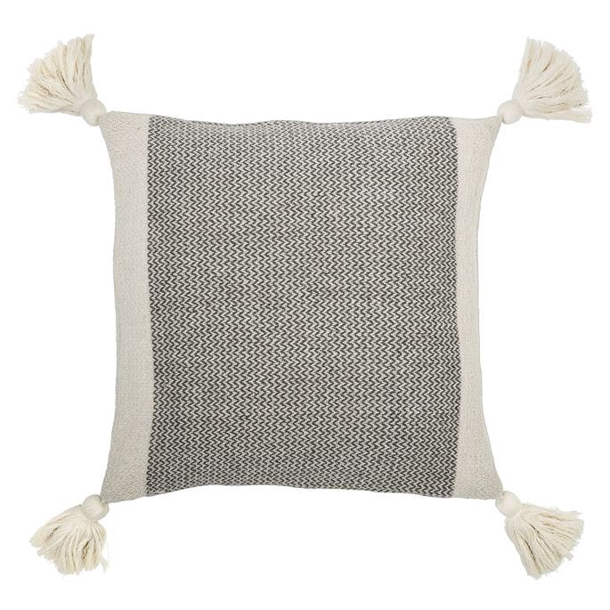 "18"" Cotton Pillow with Tassels"