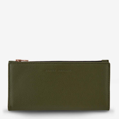 STATUS ANXIETY IN THE BEGINNING LEATHER ZIP WALLET KHAKI GREEN