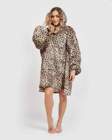 Miz Casa & Co Luxury Hooded Blanket Robe Leopard