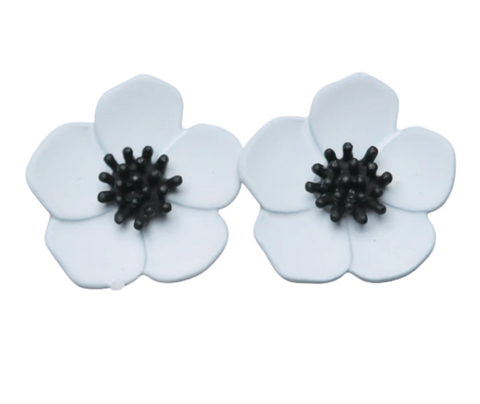 Zafino Flower Series Orchid Stud Earring Small White