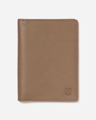 Stitch & Hide Leather Atlas Passport Holder Travel Wallet Oak Brown