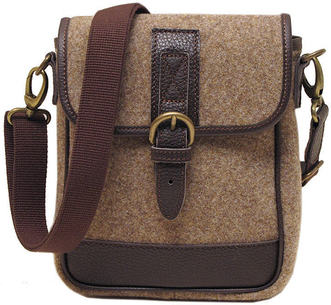 FLOTO Leather & Wool Blend Vaggo Sling Bag Brown