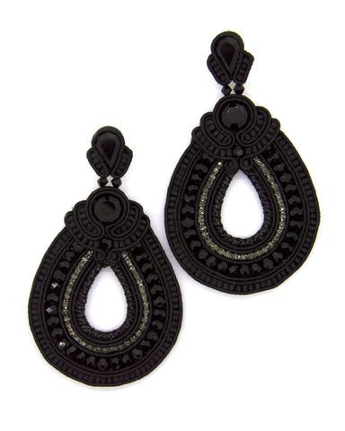 Olga Sergeychuk Hoop teardrop beaded earrings Black