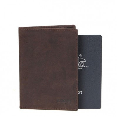 ZOOMLITE Vintage Leather Cambridge RFID Passport Holder Brown