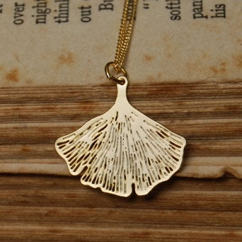Pigeonhole Gingko Gold Pendant Necklace