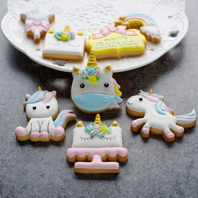8 Piece Unicorn Cutter Set in
