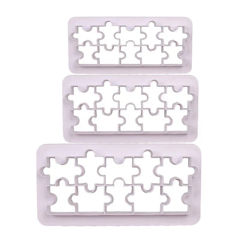 3 Piece Descending Cutter Set - Puzzle Pieces in Bakeware