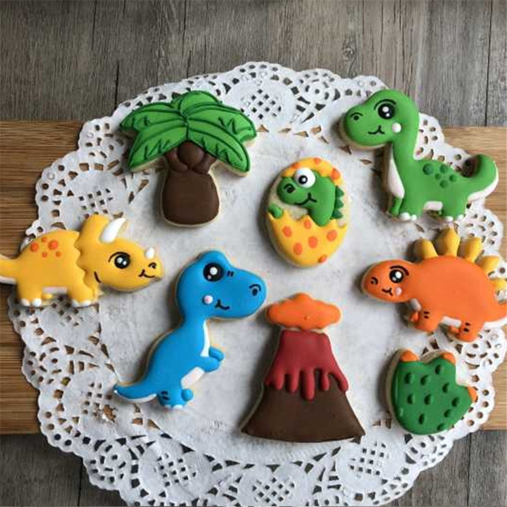8 Piece Cookie Cutter Set - Dinosaurs Rock Collection in Baking Tools