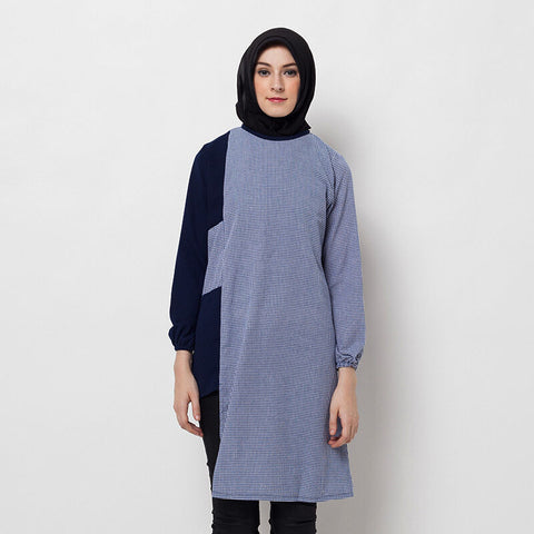 COVERING STORY Anara Top Blue