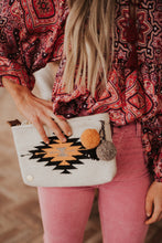 Memah The Label / Lila Pom-Pom Clutch