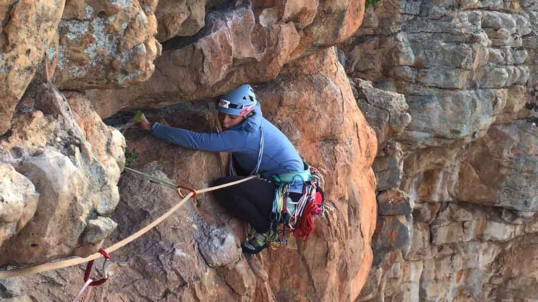 Rock climbing helmet buyers guide 1