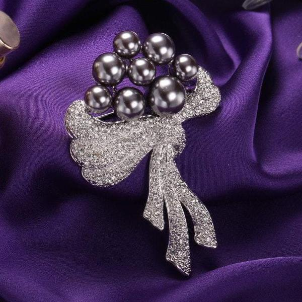 Noble Pearl & Scarf Brooch For Her