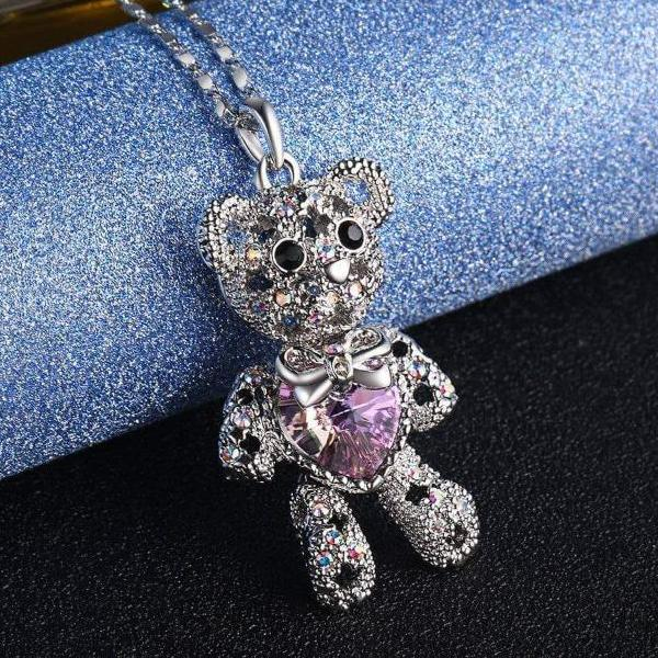 Pretty Bear Pendant Necklace Violet