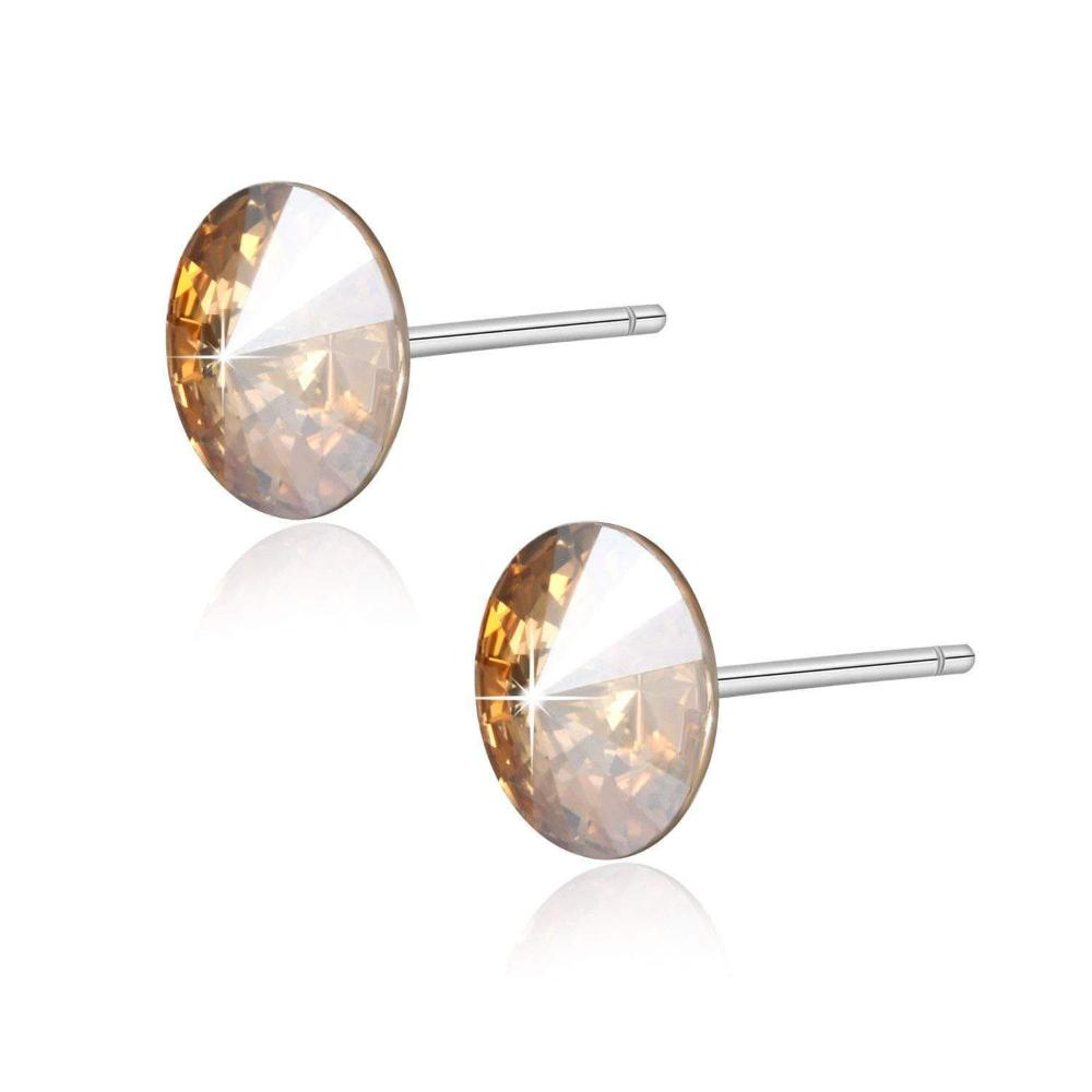 Heart Catching Stud Earrings Golden