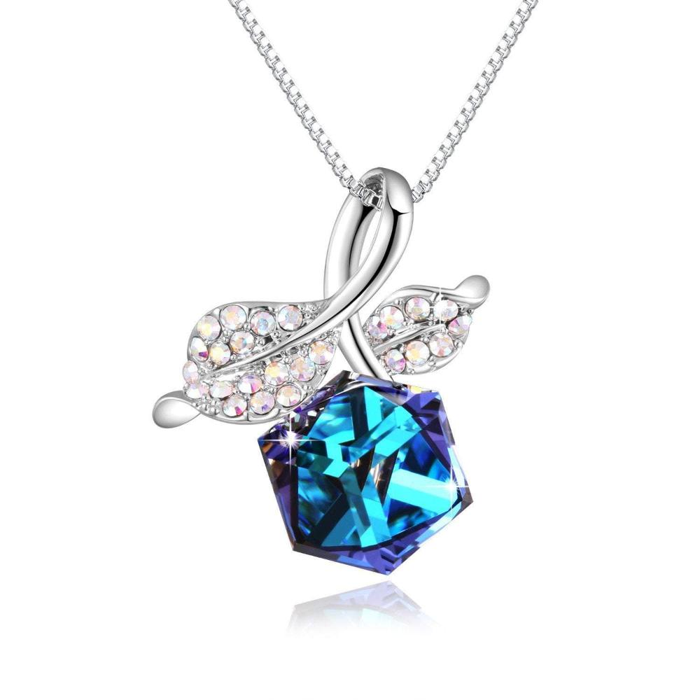Romantic Rose Leaf Pendant Necklace Blue