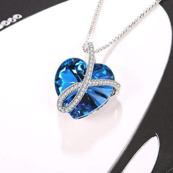 Noble Pendant Necklace Ocean Blue