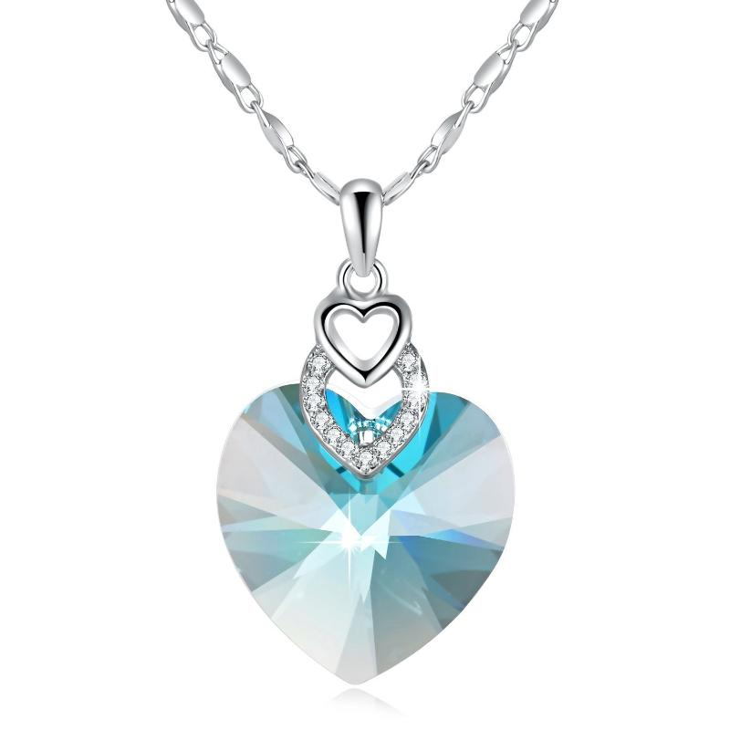 Heart necklace light blue
