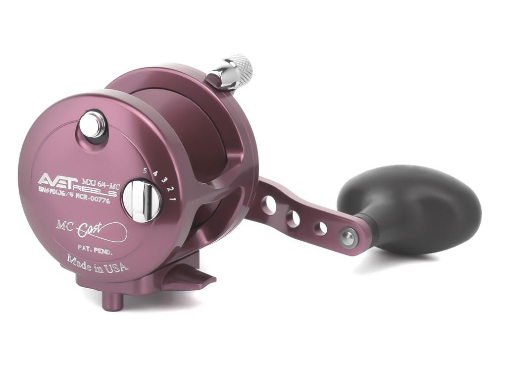 AVET MXJ 6/4 MC LEVER DRAG CASTING REEL lever drag Avet Right Hand Pink