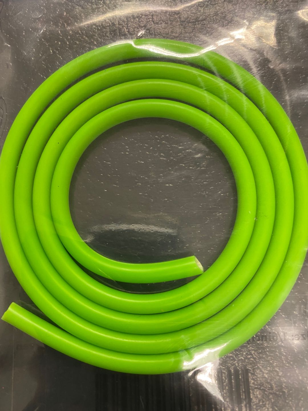"Fish-Field Latex Lure Tubing - Lure Building Components & Materials Fish-Field 1/6""/4mm FL Green"