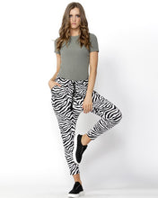 Load image into Gallery viewer, BETTY BASICS JADE PANT