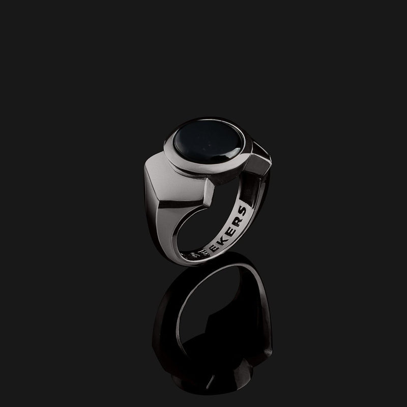 Kudos Black Gold Ring-Ring-Seekers Luxury-9-Onyx-Seekers Luxury