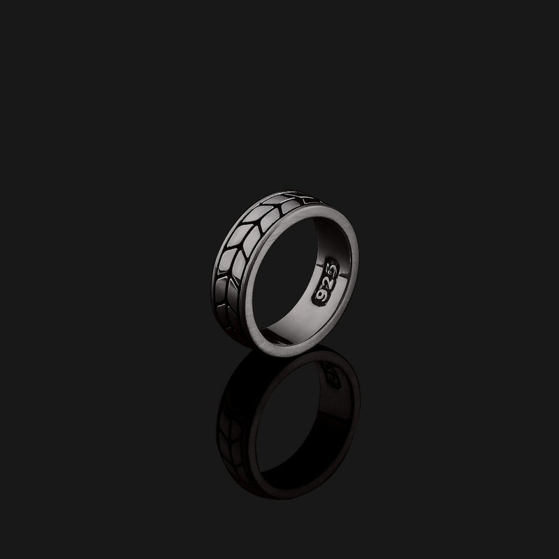 Royale Black Gold Ring-Ring-Seekers Luxury-Seekers Luxury