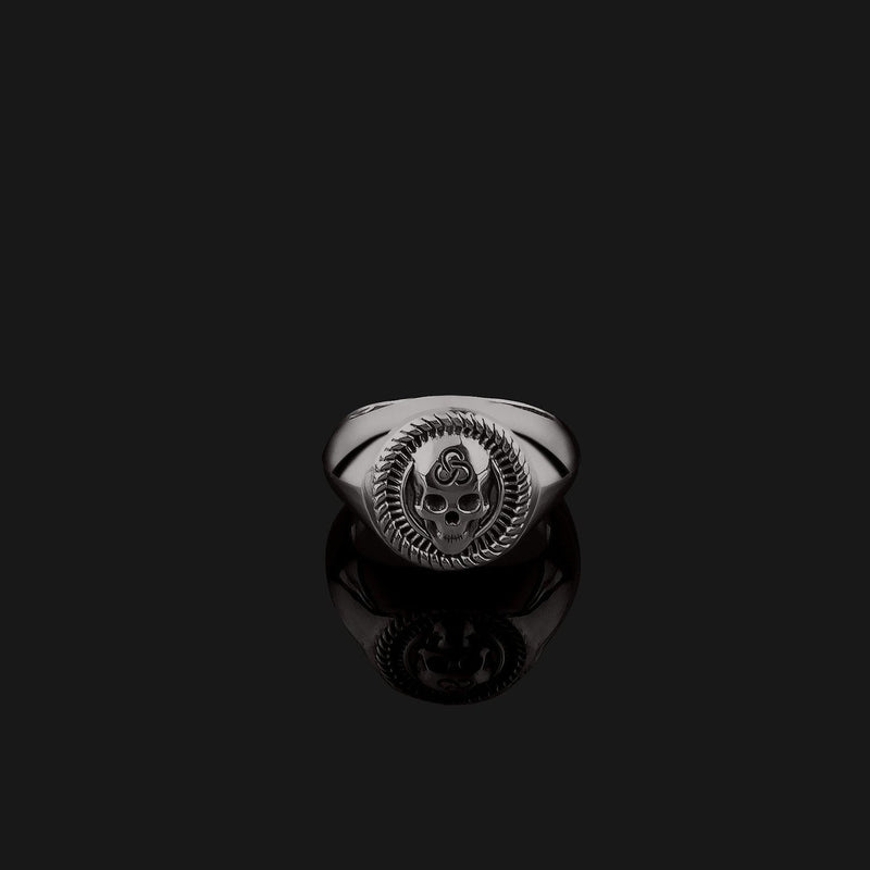 Skull Black Gold Ring-Ring-Seekers Luxury-Seekers Luxury