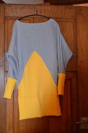 Fledermaus Kleid -Pulli Color Blocking
