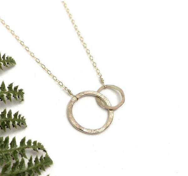 Gold Connect Necklace - West Coast Mamas