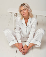 Elisabetha Silk Pyjama in Moonlight White - Bottom