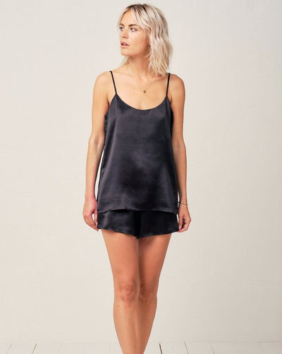 Thera Silk Cami in Midnight Black - Top Loungewear, Pyjama, Seidenpyjama, Schlafanzug | RADICE