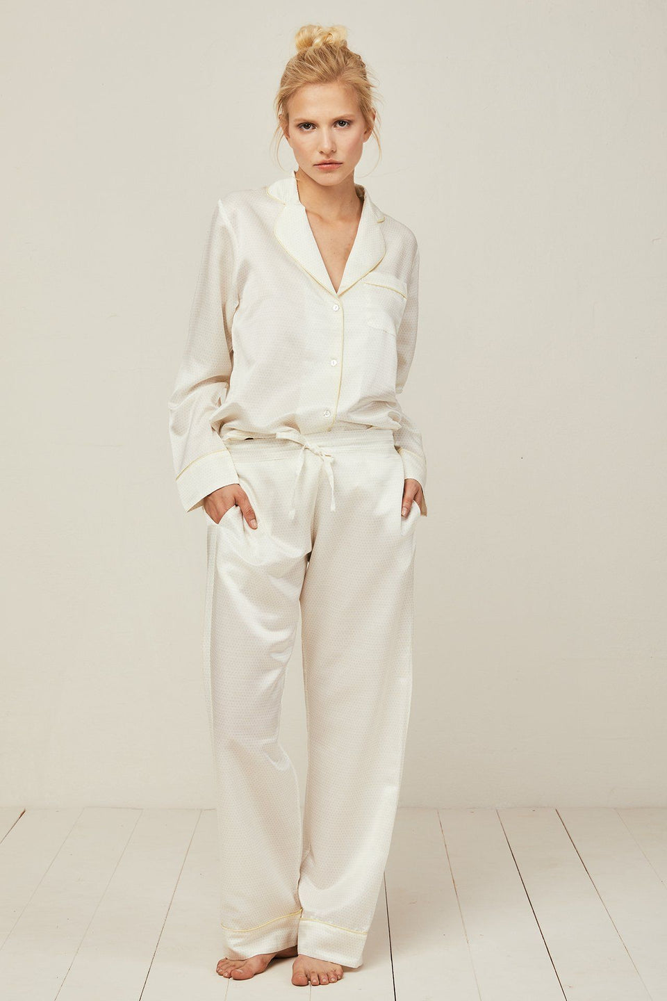 Ronja Cotton Silk Pyjama in Scala Sun - Bottom Loungewear, Pyjama, Silk, Seide, Schlafanzug | RADICE